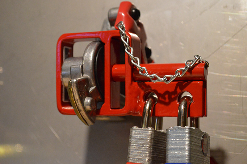 Tractor Chain Lock : New double lock d with chain glad hand devere